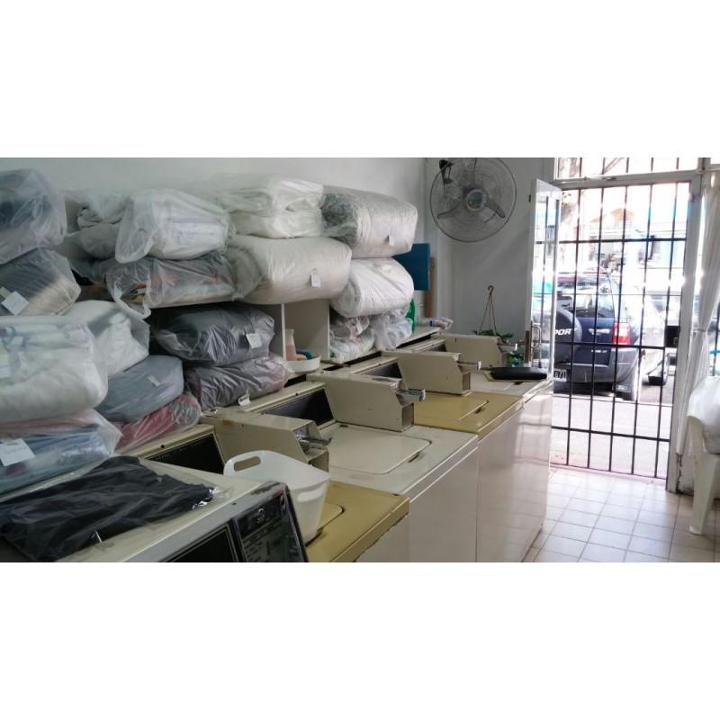 Lavadero De Ropa En San Isidro Bayres
