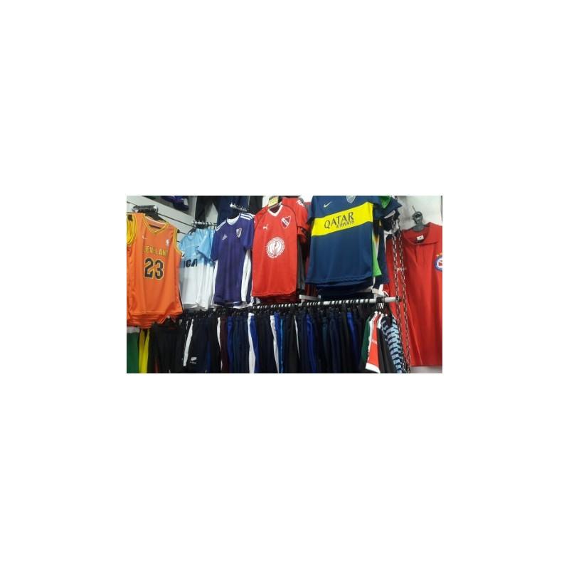 ... indumentaria deportiva de futbol y basquet D D en villa del parque ... a7209a7df36c3